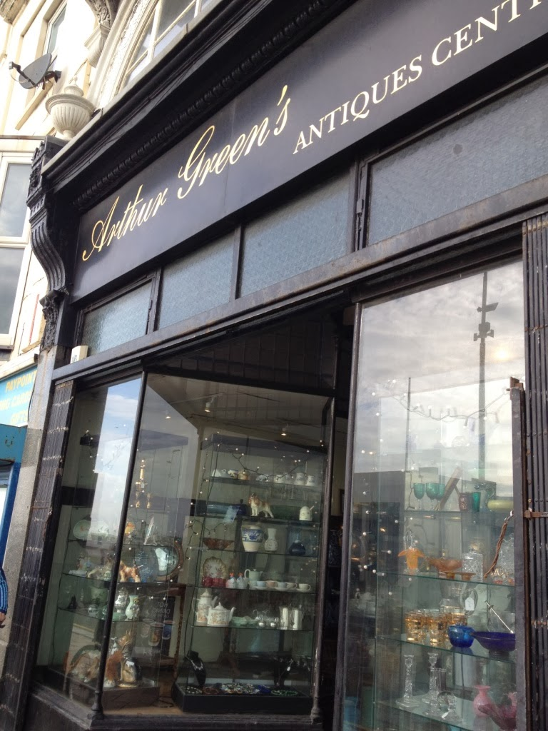 Antiques, vintage shops and galleries in St Leonard's – a walk with Hastings Battleaxe