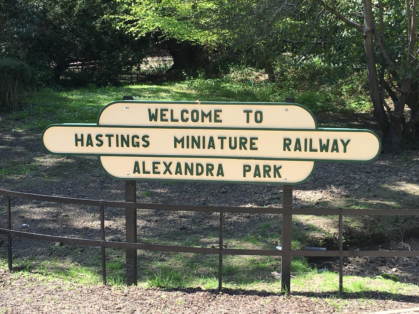 Alexandra Park – Miniature railway and wild garlic