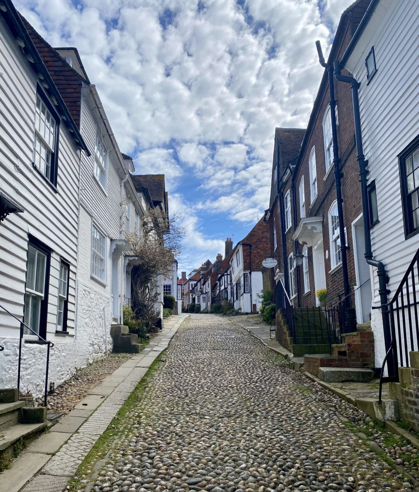 Battleaxe is platformed, and a trip to Rye